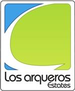 LOS ARQUEROS ESTATES logo